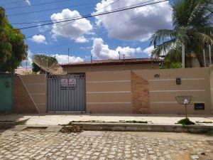 Casa para Aluguel ou Venda em Assú - CA0012